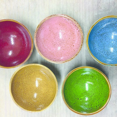 Farbenfrohe Keramik-Schalen Anleitung